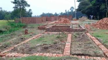 মৌলভীবাজার ৪৭৬ জন ভূমিহীন পরিবারের জন্য তৈরি হচ্ছে পাকা ঘর