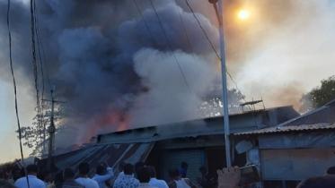 হবিগঞ্জে ভয়াবহ অগ্নিকাণ্ড, ১২টি প্রতিষ্ঠান পুড়ে ছাই