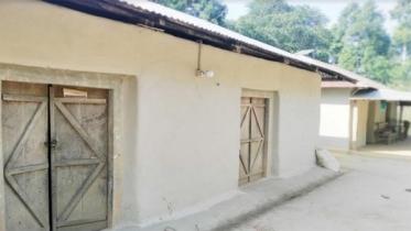 আশ্রয়ণ প্রকল্পে হামলা: পুলিশ আতঙ্কে বাড়ি ছাড়া শতাধিক পরিবার