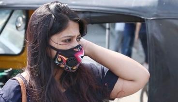'মাস্ক পরলে সরকারি সেবায় অগ্রাধিকার'