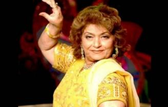 চলে গেলেন বলিউডের নৃত্য সম্রাজ্ঞী সরোজ খান