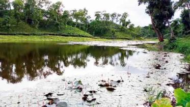 পর্যটকদের নিকট আকর্ষণীয় হতে পারে 'বাম্বোতল লেক'